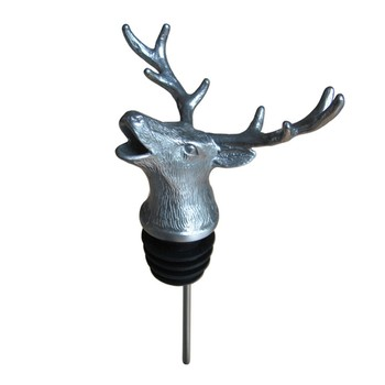 Menagerie Pourer - Stag